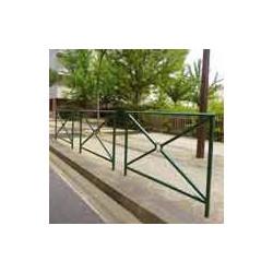 barrière trottoir de ville  # MU3871
