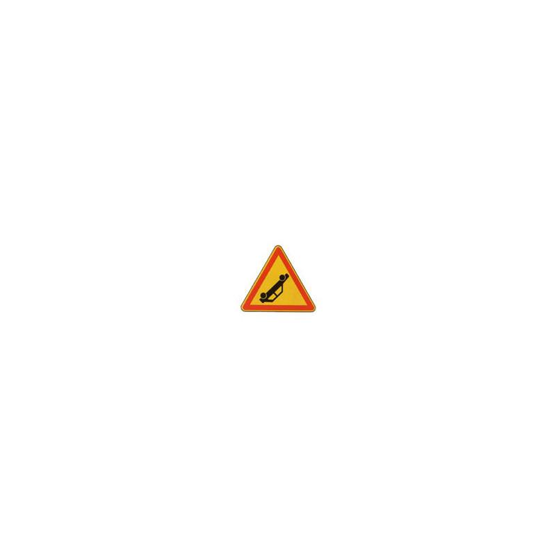 Panneau triangle AK31 # PR10AK31700