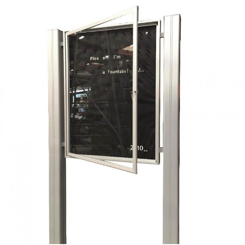 vitrine d'affichage sur mâts carrés # VT0065MC