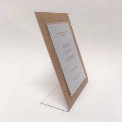 Porte affiche de table ecologique et recyclable aspect bois